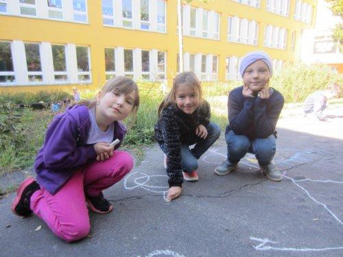 Podzimní kreslení na chodníku