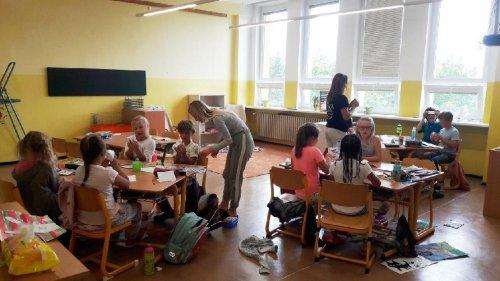Den naruby aneb děti učí děti