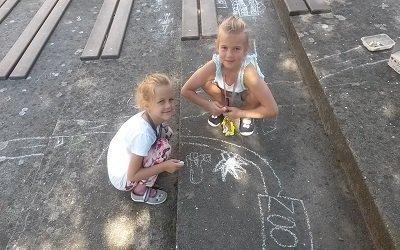 Malování na chodníku