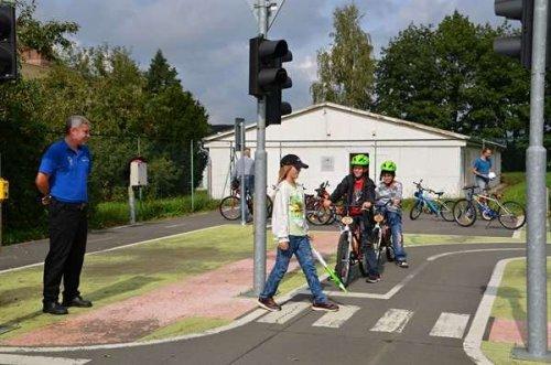 Den bez aut - upozornění pro řidiče