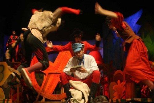 Žáci 1. stupně na pohádce v Městském divadle Zlín.
